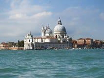 Venezia: Basilico della salute di St Mary fotografie stock