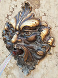 Venezia, fontana bronzea dell'ornamentale fotografia stock libera da diritti