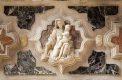 Venezia - hl. Rilievo della Mary dall'altare Immagini Stock
