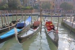 Venezia, Italia gondolas Immagini Stock