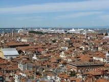 Venezia med enorma fartyg royaltyfria foton