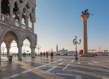 Venezia - palazzo del doge e quadrato di St Mark Fotografia Stock