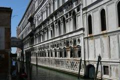 Venezia, Palazzo Ducale e ponte dei sospiri fotografia stock