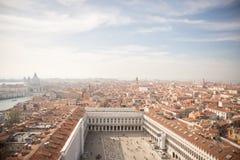 Venezia Vista aerea di Venezia con i Di Santa Maria d della basilica Fotografie Stock