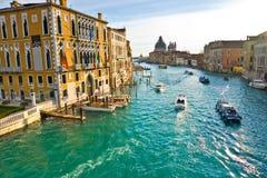 Venezia, vista da un ponticello. Fotografia Stock Libera da Diritti