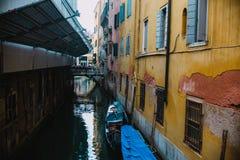 Venezia, Włochy 09 08 2017 Jeden Venezia wodny kanał Zdjęcia Stock