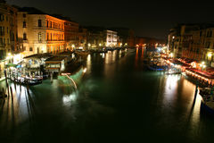 Free Venice At Night Royalty Free Stock Images - 13984939