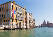 Venice - Canal grande under Ponte Accademia, palace Palazzo Cavalli-Franchetti Stock Images