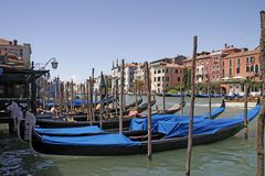 Venice, Church of Venice, gondolas on Grand Canal Royalty Free Stock Photography