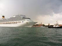 Venice - Cruise ship towing royalty free stock images