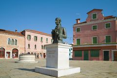 Monument to the Italian composer Baldassare Galuppi on the central square of Burano Island, Venice. VENICE, ITALY-SEPTEMBER 26, 2017: Monument to the Italian royalty free stock images