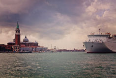 Venice, S. Giorgio island and cruise ship Stock Photography