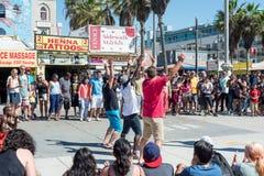 Venice, US-October 5, 2014: Venice Beach boardwalk is 2.5 miles Stock Photography
