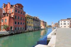 VENISE - 10 AVRIL 2017 : La vue sur le canal à Venise, le 1er avril Photographie stock