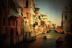 Venise Canaux et architecture dans le rétro style Images libres de droits