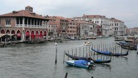 Venise et bateaux de flottement visuels banque de vidéos
