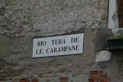 Venise, panneau routier typique a appelé photo libre de droits