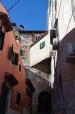 Venitian街道在罗维尼,克罗地亚 库存图片
