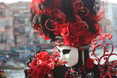 Venitian carnaval dräkt Arkivfoto