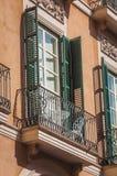 Venster en balkon royalty-vrije stock foto