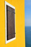 Venster en het Middellandse-Zeegebied royalty-vrije stock afbeelding