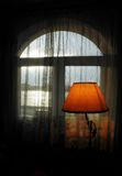 Venster met lamp Stock Fotografie
