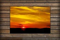 Venster met mening van zonsondergang Stock Afbeeldingen