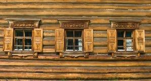 Venster in Russische traditie stock foto's