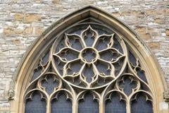 Venster van Heilige Drievuldigheidskerk; Stratford Upon Avon Stock Afbeelding