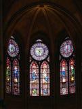 Venster van Notre Dame Stock Afbeeldingen
