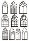 Vensters in gotische stijl Stock Afbeeldingen