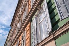 Vensters in Graz, Oostenrijk stock foto's