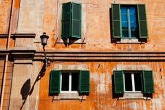 Vensters in Rome Stock Fotografie
