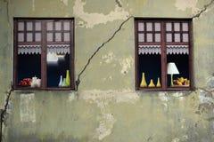 Vensters van het oude huis Royalty-vrije Stock Afbeelding