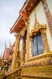 Vensters van kerk in tempel, Thailand Stock Afbeelding