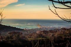 Vent violent dans la baie de Trieste image libre de droits
