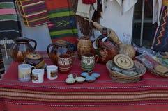 Venta de la calle de la acción tradicional del regalo en la ciudad antigua de Melnik Foto de archivo
