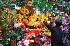 Venta de las flores durante A?o Nuevo lunar chino Fotografía de archivo libre de regalías