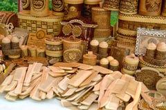 Venta de los productos económicos de la corteza de madera y de abedul Imagenes de archivo