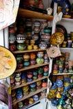Venta de recuerdos de cerámica Imagen de archivo