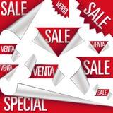 Venta y etiquetas engomadas y escrituras de la etiqueta del venta Imágenes de archivo libres de regalías