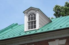 Ventana abuhardillada en el tejado Fotografía de archivo libre de regalías