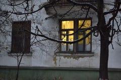 Ventana amarilla Imagen de archivo libre de regalías