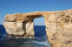 Ventana azul, Malta Imagen de archivo libre de regalías