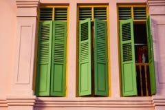 Ventana de la casa de la herencia de Singapur Fotografía de archivo libre de regalías