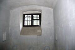 Ventana de la celda de prisión Foto de archivo libre de regalías