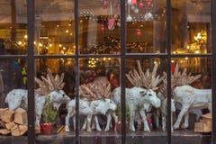 Ventana de la Navidad Imágenes de archivo libres de regalías