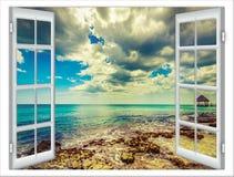 Ventana de la vista al mar Fotos de archivo libres de regalías
