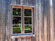 Ventana de madera fotos de archivo
