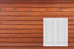 Ventana de madera blanca retra con la persiana de Sutters representación 3d ilustración del vector